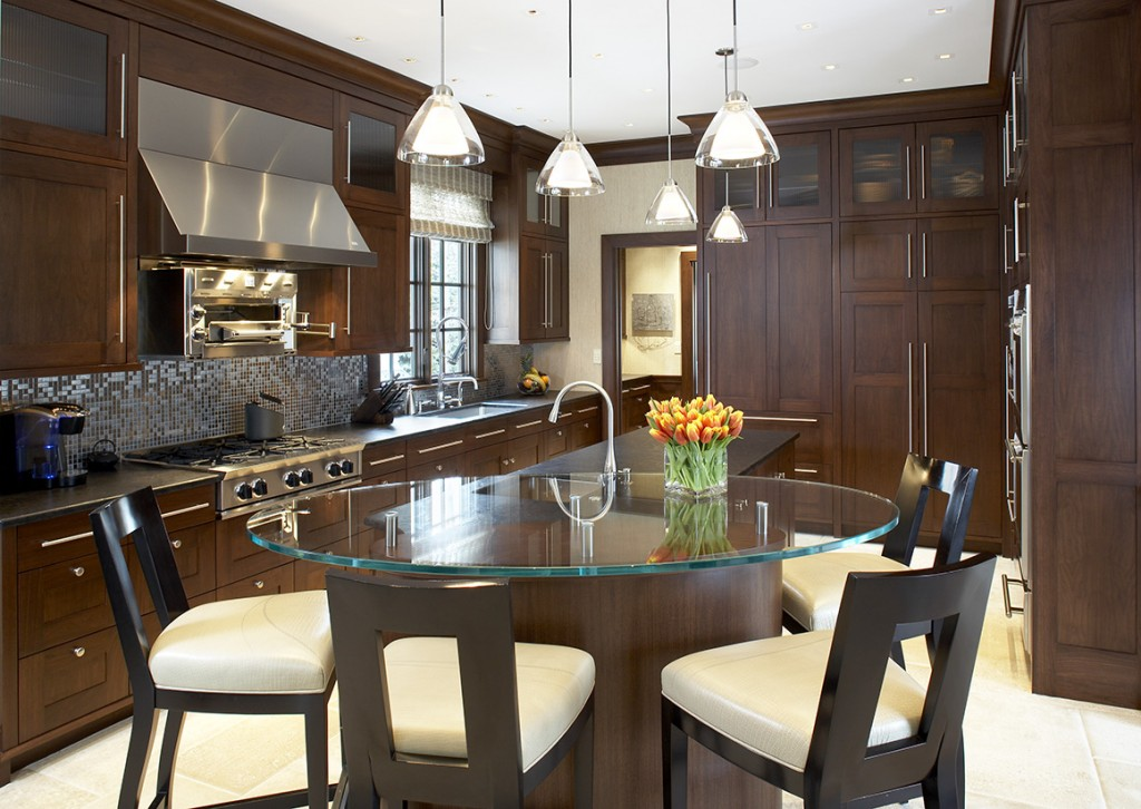 Merveilleux Custom Dark Kitchen Cabinets With Pendant Lights